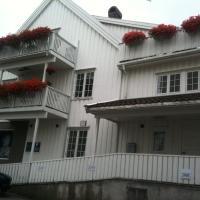 Holsthuset Losji