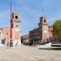 Venice Prince Apartments