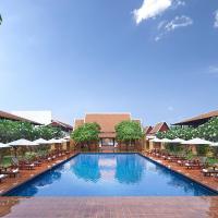 Sukhothai Heritage Resort </h2 </a <div class=sr-card__item sr-card__item--badges <div class= sr-card__badge sr-card__badge--class u-margin:0  data-ga-track=click data-ga-category=SR Card Click data-ga-action=Hotel rating data-ga-label=book_window:  day(s)  <i class= bk-icon-wrapper bk-icon-stars star_track  title=4 ดาว data-et-mouseenter=customGoal:NAFQOeaLQHbFSWMHSUWe:2  <svg aria-hidden=true class=bk-icon -sprite-ratings_stars_4 focusable=false height=10 width=43<use xlink:href=#icon-sprite-ratings_stars_4</use</svg<span class=invisible_spoken4 ดาว</span </i </div   <div style=padding: 2px 0  <div class=bui-review-score c-score bui-review-score--smaller <div class=bui-review-score__badge aria-label=ได้ 8.9 คะแนน 8.9 </div <div class=bui-review-score__content <div class=bui-review-score__title ยอดเยี่ยม </div </div </div   </div </div <div class=sr-card__item   data-ga-track=click data-ga-category=SR Card Click data-ga-action=Hotel location data-ga-label=book_window:  day(s)  <svg aria-hidden=true class=bk-icon -iconset-geo_pin sr_svg__card_icon focusable=false height=12 role=presentation width=12<use xlink:href=#icon-iconset-geo_pin</use</svg <div class= sr-card__item__content   สวรรคโลก • <span 9 กม. </span  จากใจกลาง </div </div </div </div </div </li <div data-et-view=cJaQWPWNEQEDSVWe:1</div <li id=hotel_1501310 data-is-in-favourites=0 data-hotel-id='1501310' class=sr-card sr-card--arrow bui-card bui-u-bleed@small js-sr-card m_sr_info_icons card-halved card-halved--active   <div data-href=/hotel/th/boon-bunleng-resort.th.html onclick=window.open(this.getAttribute('data-href')); target=_blank class=sr-card__row bui-card__content data-et-click=  <div class=sr-card__image js-sr_simple_card_hotel_image has-debolded-deal js-lazy-image sr-card__image--lazy data-src=https://q-cf.bstatic.com/xdata/images/hotel/square200/159512242.jpg?k=bbab63765902ab9191286cf5c3accb82a5f8b915bb41541f21372b23aac1d3b2&o=&s=1,https://q-cf.bstatic.com/xdata/images/hotel/max1024x768/159512