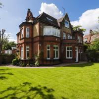 Luxurious Hampstead Home with Gorgeous Garden