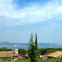 Saint-Tropez walking distance, sea view house