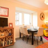Royal Mile Apartment with Free Parking!