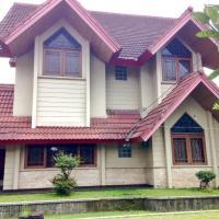 Villa Nuansa Alam