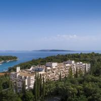 Eva Sunny Hotel & Residence by Valamar, hotel in Rab