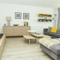 Tailored Stays - The Marque Grande Apartment