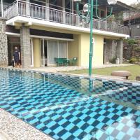 Villa 5 Bedrooms swimming pool and karauke puncak