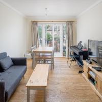 Smart 2 bedroom flat in Southwark, minutes from Waterloo tube!