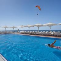 Island Luxurious Suites Hotel and Spa- By Saida Hotels, hotel in Netanya