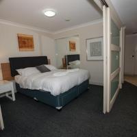 One Bedroom Apartment on Kent Street
