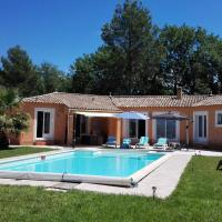 Beautiful villa in Villecroze with a private pool