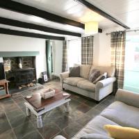 Bosken - A Proper Cornish Cottage In Pretty Village Location