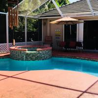 Private Guesthouse close to beach and PBIA