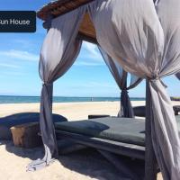 Sea & Sun House