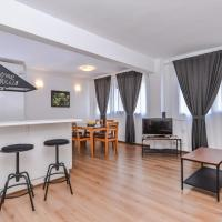 Eleganto - Two Bedroom, Top Central, Stylish Apartment