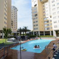Apartamento con piscina child-friendly (cuna, etc.)