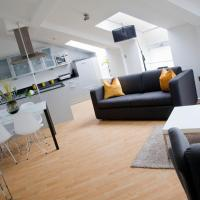 nightspace: Regent House Apartment