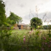 The Yurt at Hollands Farmhouse