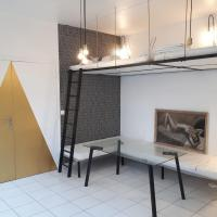 Luminous 25m² MONTREUIL 5 minutes Paris