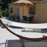 Charming Cottage near Faucon with private terrace