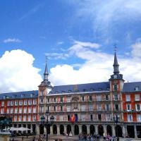 Plaza Mayor-Amy Casa