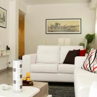 Luxury apt 100 mts to the Malecon&Old Havana+WiFi!