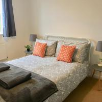 Eastleigh House close to Airport and M3/M27 links