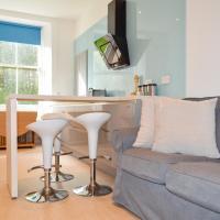 Modern 3 Bedroom Home in Morningside