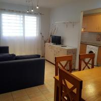 San Isidro Apartment. 5 minutes airport. 3 hab. Parking