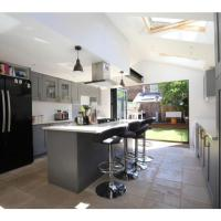 Modern, Chic 2BR Townhouse in Central Oxford