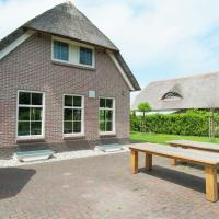 Cosy Holiday Home in Tiendeveen by the Lake