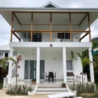 Castaway Lodge