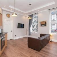Three-Bedroom Edinburgh Victorian Apartment