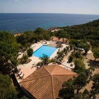 Le Thyreneen, hotel in Sari Solenzara