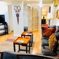 Cozy 1 Bedroom Wrigleyville Apartment
