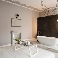 Le Bain-Charming Suite