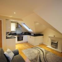 Modern, Cosy Apartment In Bearsden with Private Parking