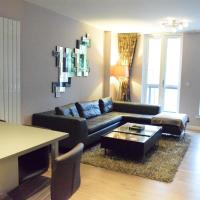 Modern 1 Bedroom Apartment With Balcony