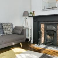 4BR 3BA Central Townhouse