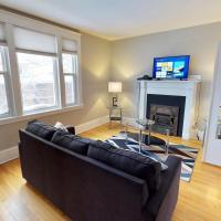 Bright, Clean, Private. In the Heart of Downtown! Parking, Wi-Fi and Netflix included