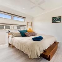 Alice's Palace Ocean Grove holiday rental, 2-minute walk to lifeguard patrolled surf beach