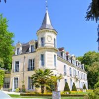 Langeais Chateau Sleeps 18 Pool WiFi
