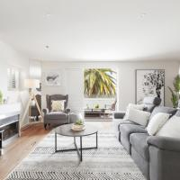 The Jetty Apartment by Ready Set Host