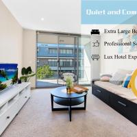 Huge 2 bedrooms with A-grade cleanliness & comfort, hotel in Sydney