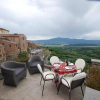 Luxurious apartment with Tuscan views