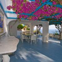 Tovere (San Pietro) Villa Sleeps 12 Pool Air Con