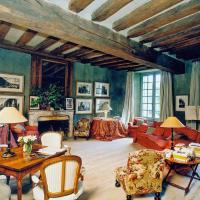 Lucay-le-Libre Villa Sleeps 12 Pool WiFi