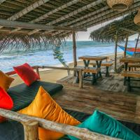 Backpack Beach Hostel & Reggae Bar