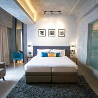 Upper Story Serviced Apartments, hotel in Manila
