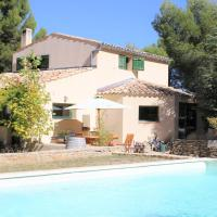 Cozy holiday home in Faucon with swimming pool