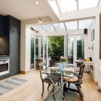 Cosy Childs Street House